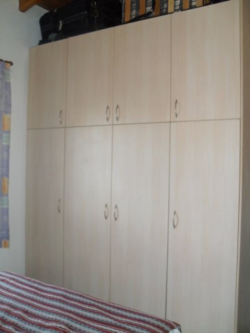 wardrobe bedroom 2