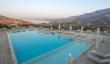 Thymari restaurant and pool